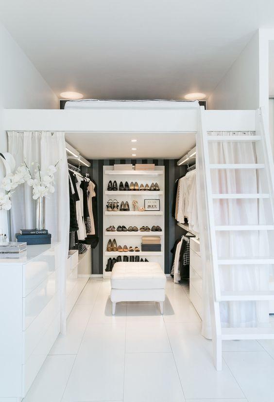 dreamy-walk-in-closet